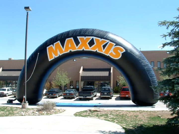 http://boulderblimp.com/blimpwp/wp-content/uploads/2013/07/Maxxis-Inflatable-Tire-arch.jpg